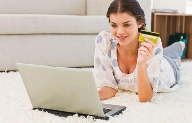 Совершать покупки в интернет-магазине или отправляться в новомодный бутик?